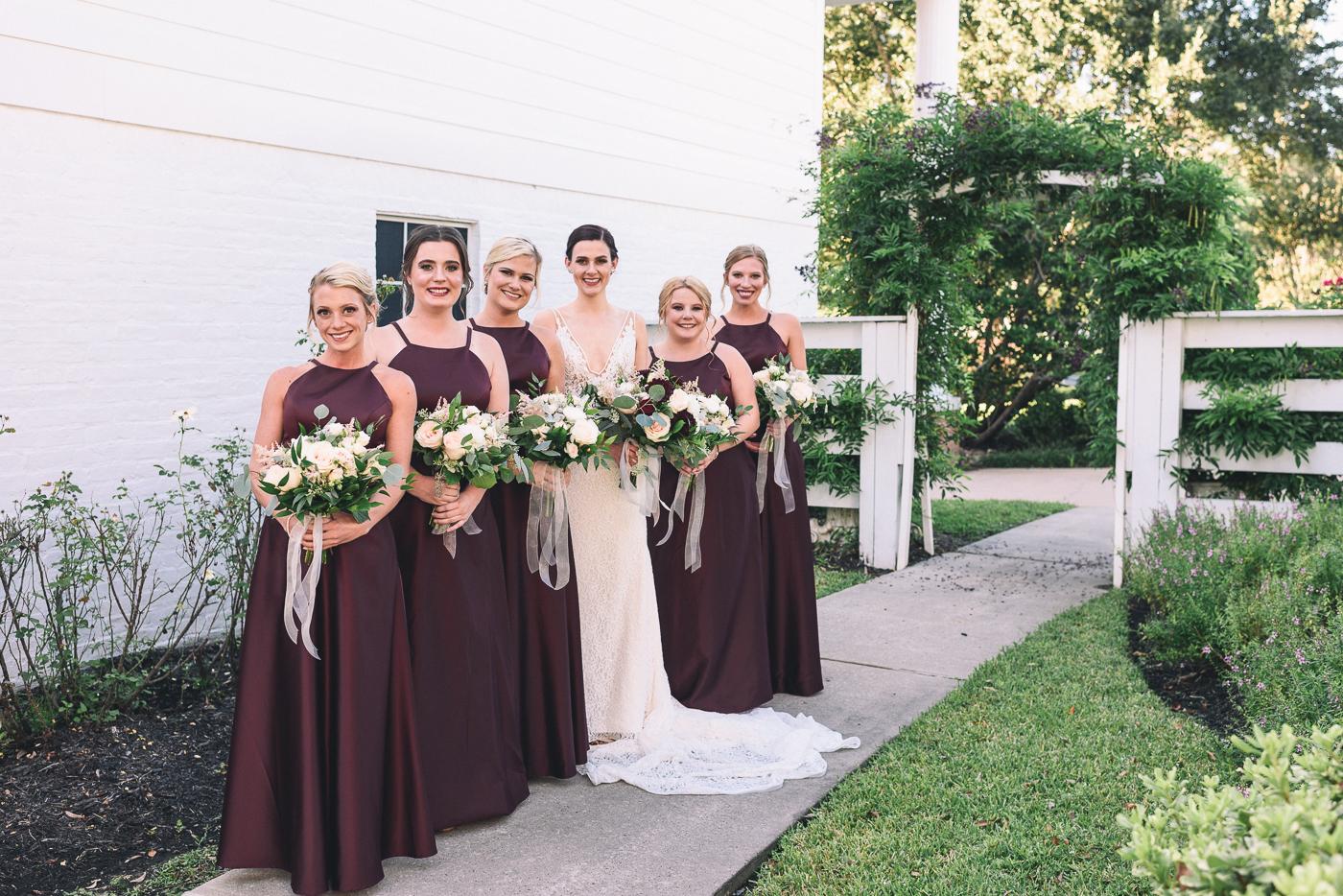 wedding party brides maids bouquet