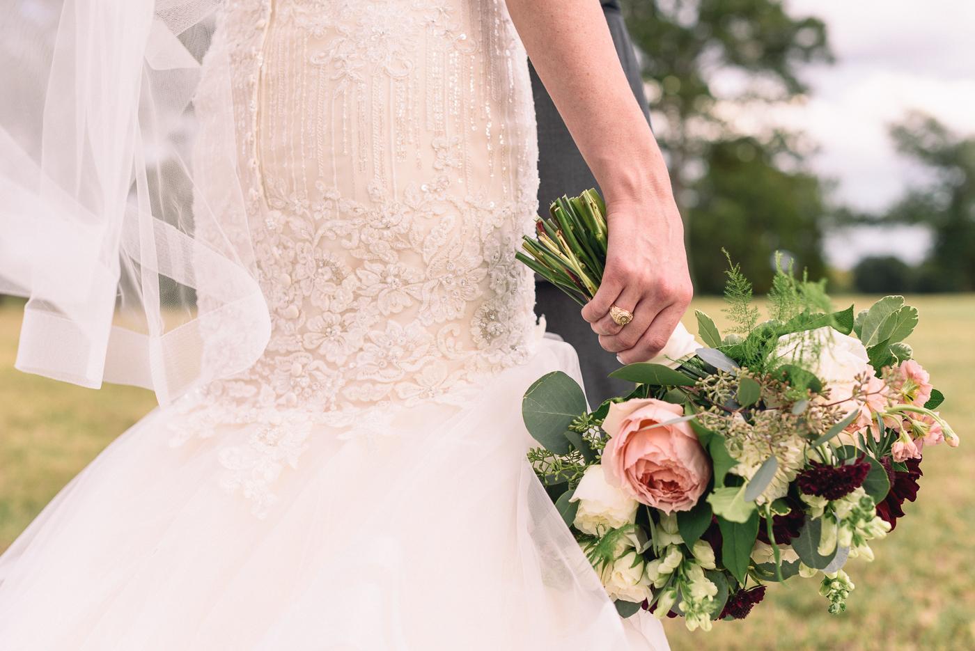 wedding portraits bouquet mermaid gown aggie ring