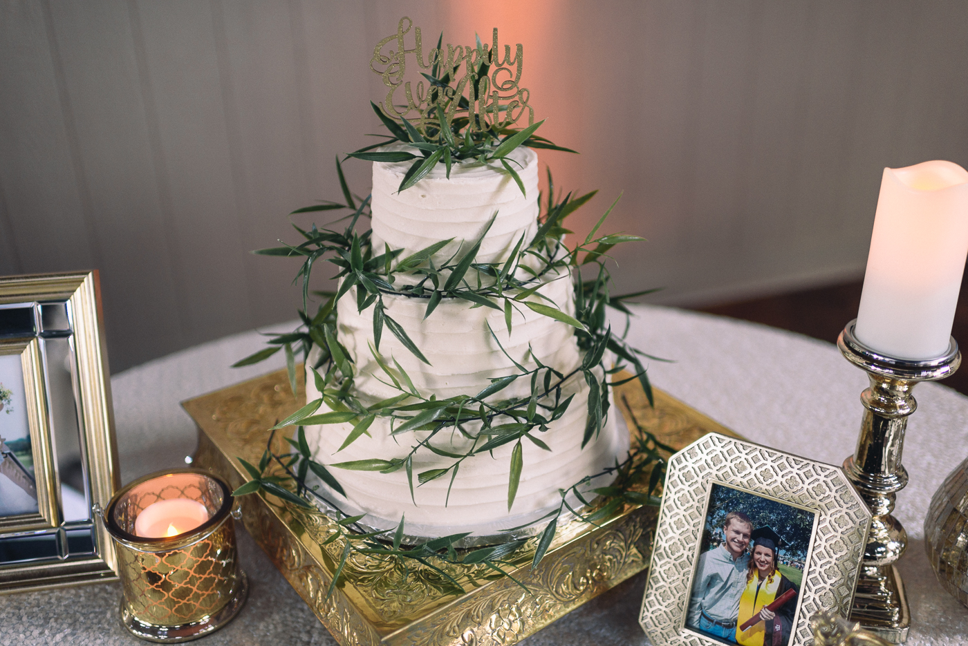 wedding cake three tier happily ever after