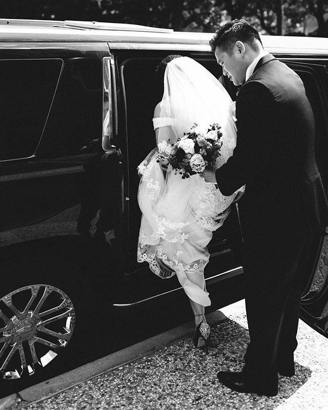 Off to their reception! I'm a sucker for sweet little moments like these- a groom helping his bride in the car. Also, check out her gorgeous shoes! #blackandwhite - - - - - #houstonwedding #houstonweddingphotographer #texasweddingphotographer #weddingphotography #theknottexas #texasisforlovers #wedding #weddingvenue #weddinginspiration #weddingday #bridetobride #theknot #mrandmrs #weddingmoments #weddingseason #weddingstyle #engaged #weddingreception #celebrate #houston #bennettbrownphotography #gettingmarried #weddingplanning
