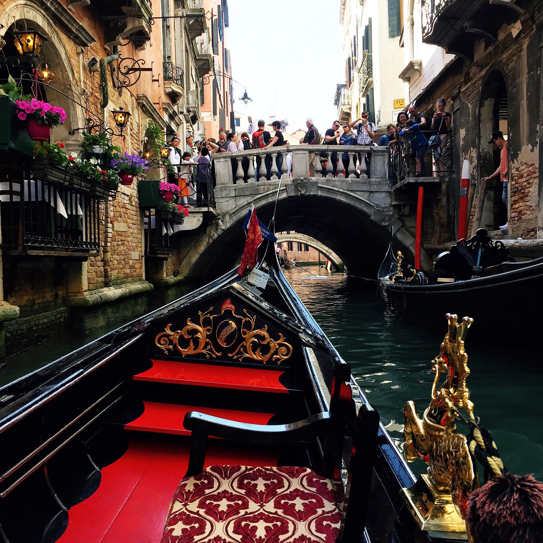 Gondola-Venice-Adventure-Assist