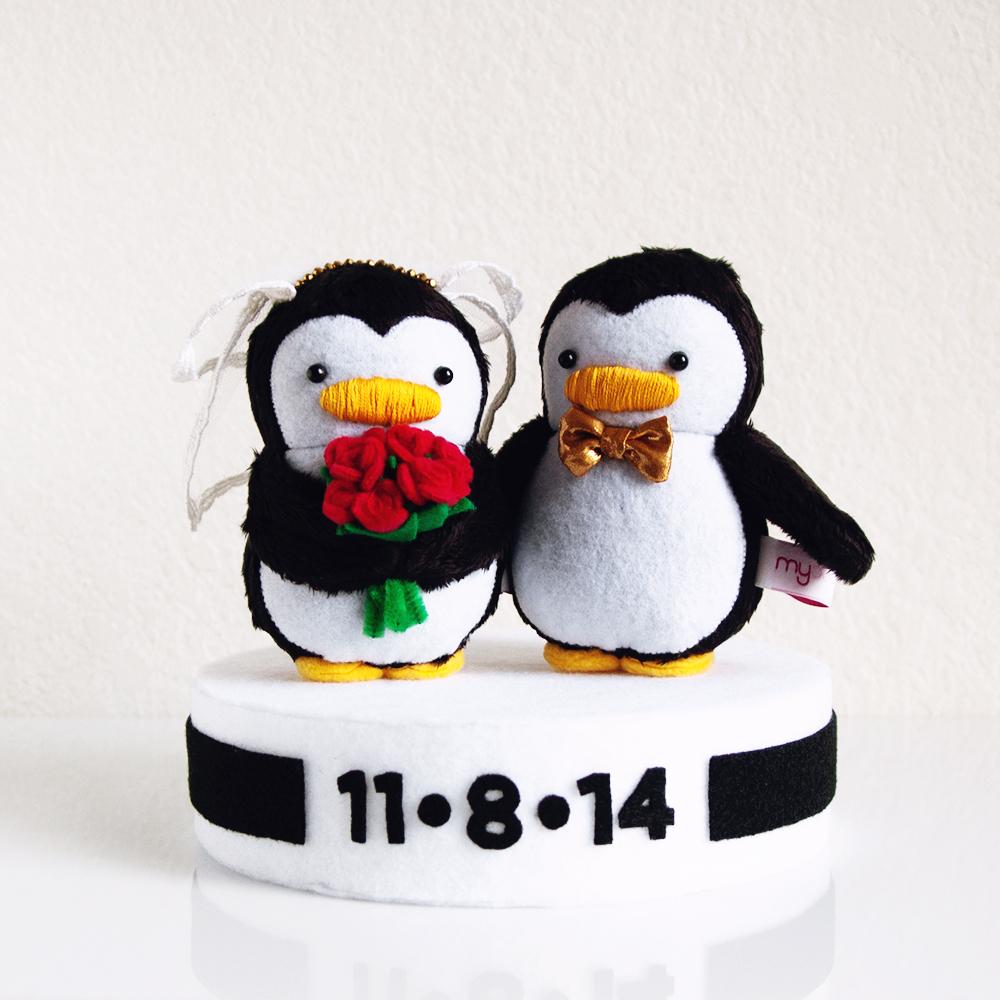 WeddingPenguins_1.jpg