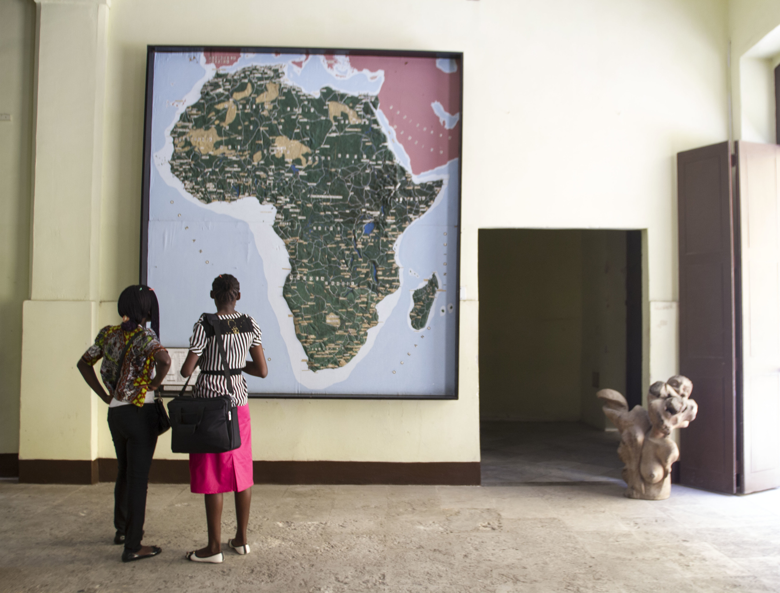African Medical Students on a Visit to Casa de Africa