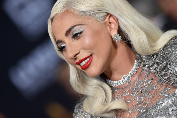 Lady+Gaga+Star+Born+Premiere+Los+Angeles+dQvVBXm3S_7l.jpg