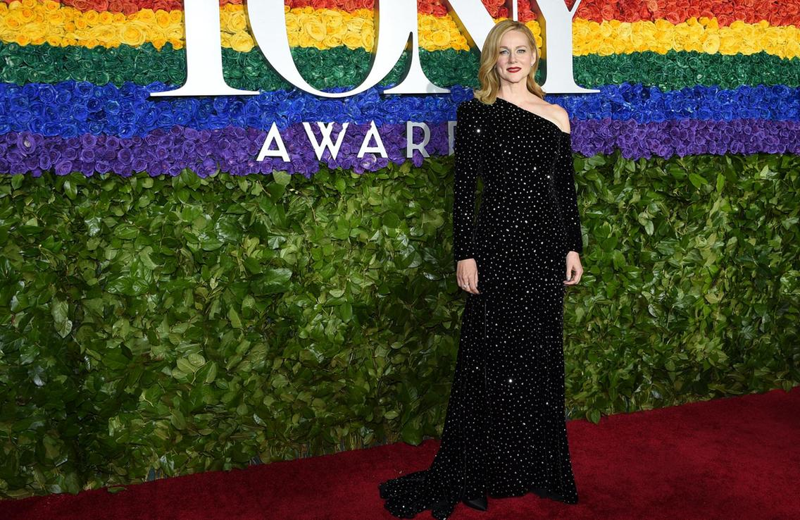 I don't know what's more exciting - Laura's  return to Broadway  in 2020 or her  beef with Audra McDonald .