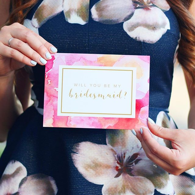 We have been some serious busy bees this month! 🐝🐝 The most popular order is our Blush Box and custom bridesmaids proposals gifts!  We especially love our exclusive watercolor card 💕💕 so pretty