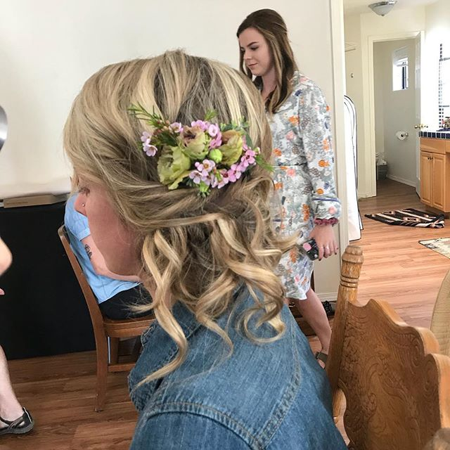 Margot's lovely updo from Saturday. Congrats to you and Daily! We wish you nothing but happiness and were honored to be there on your special day. ❤️