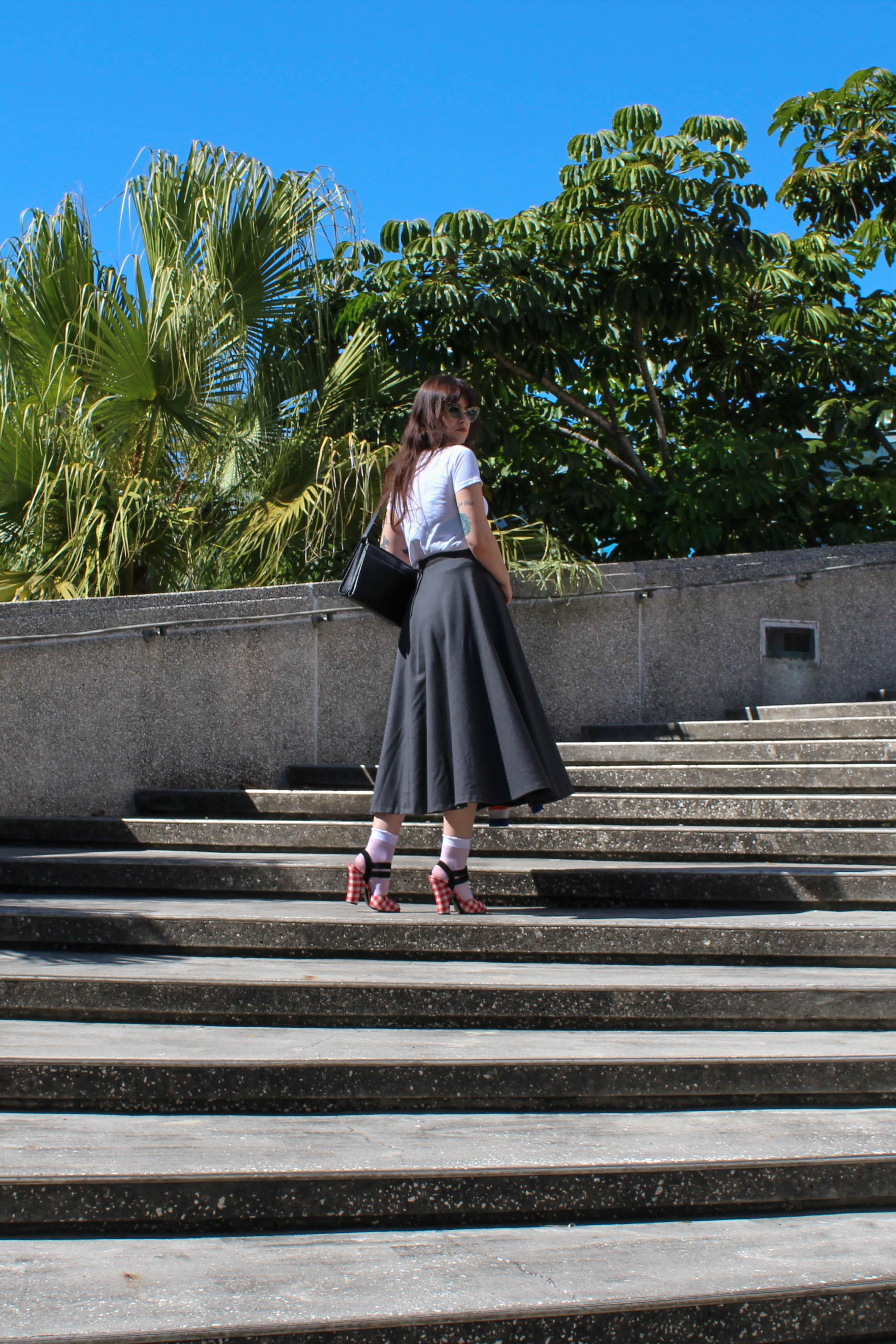 grayskirt-5.jpg