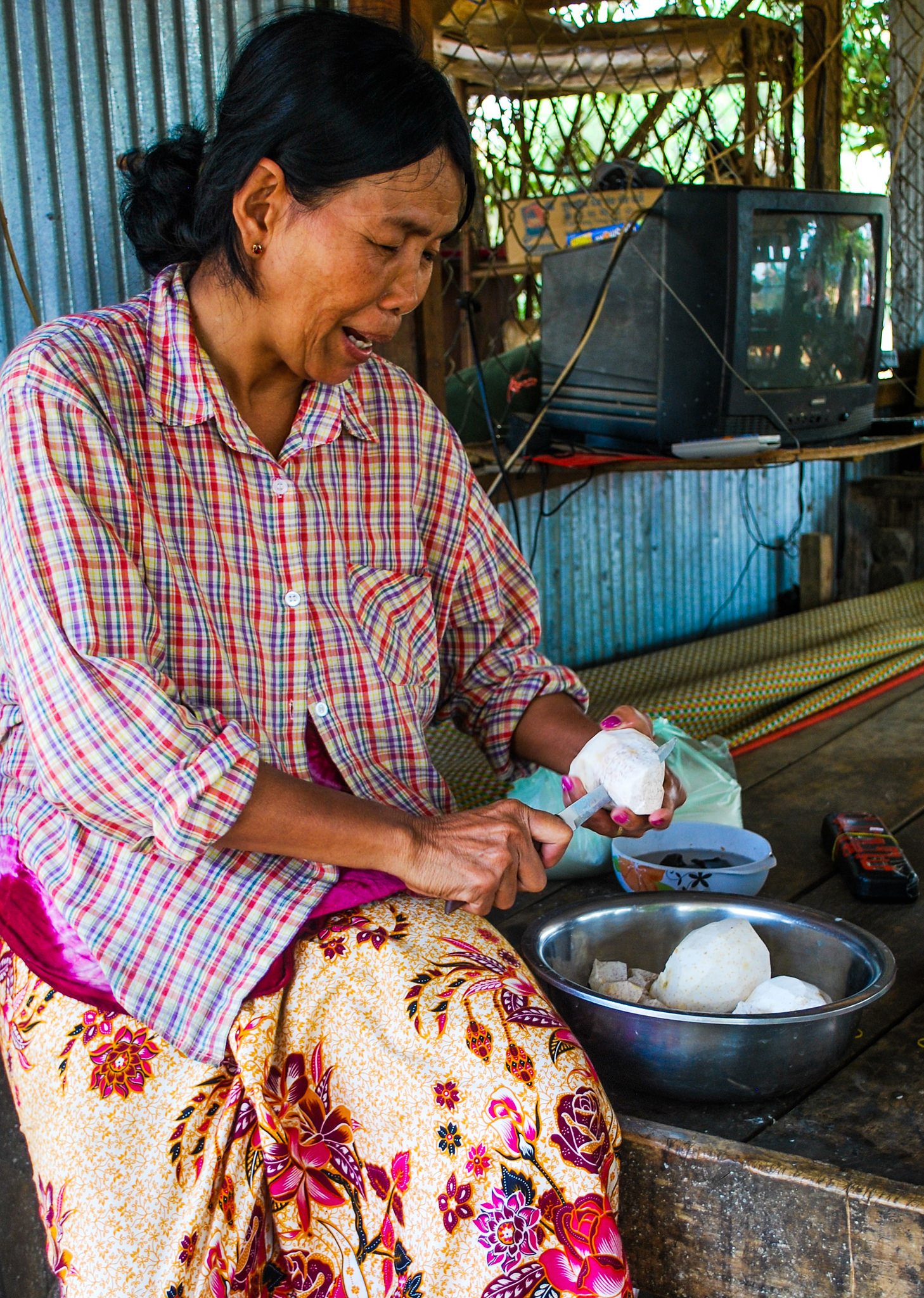 Traditional sweets maker