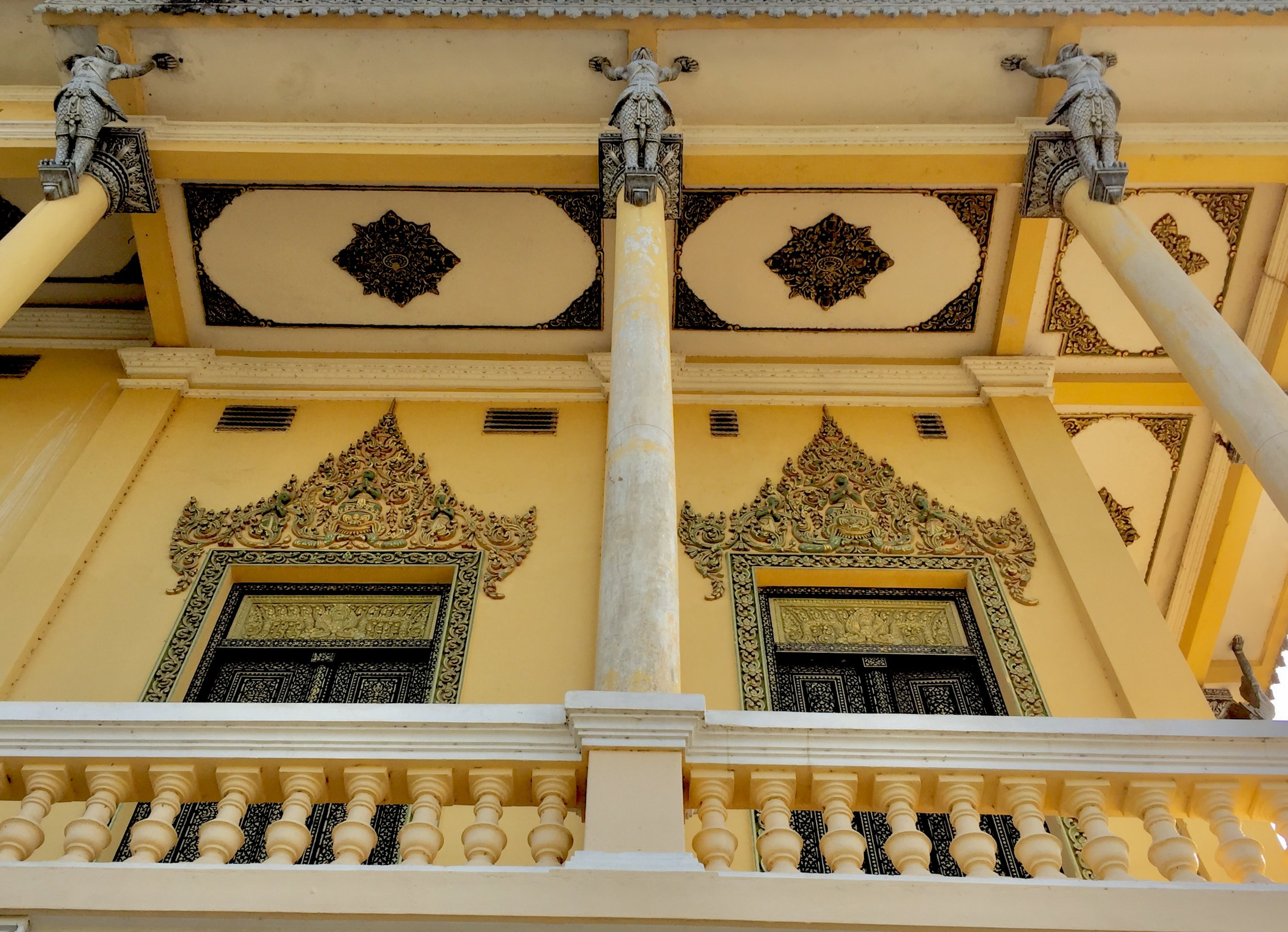 The Door frame and Ceiling of Pu Veal temple, Battambang