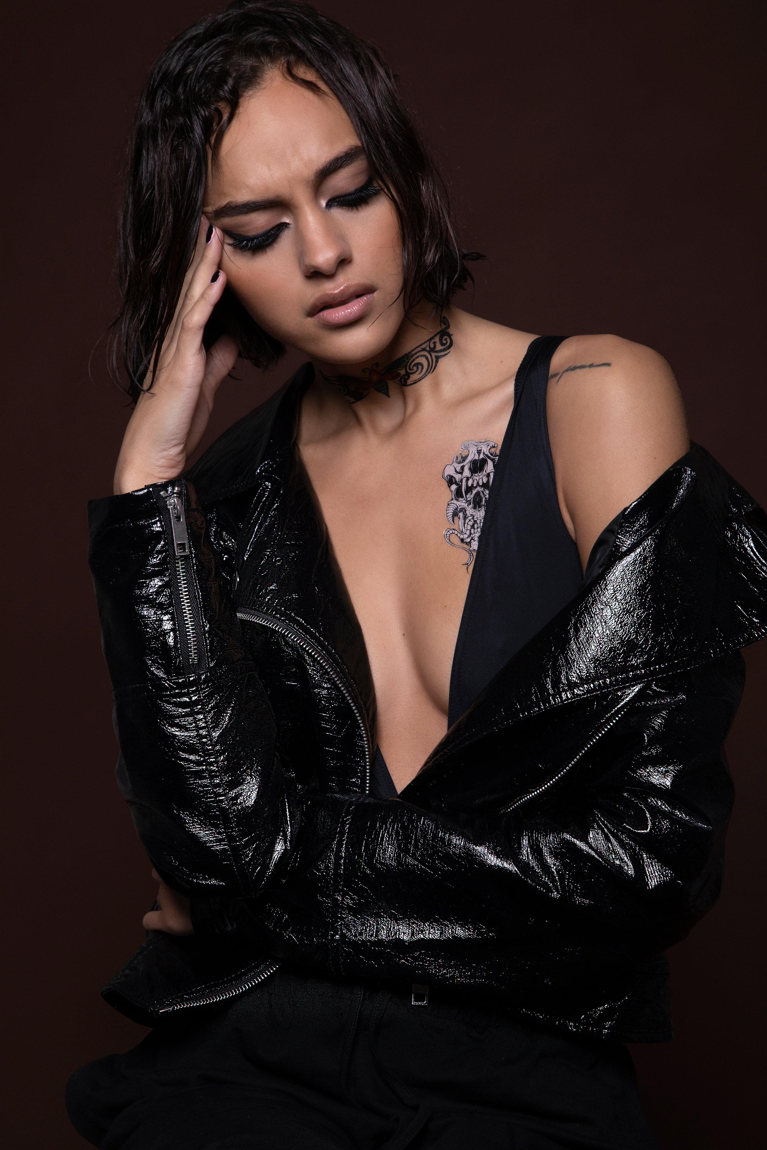 Tessa-Kerrs_Nicole_Charlotte_5.jpg