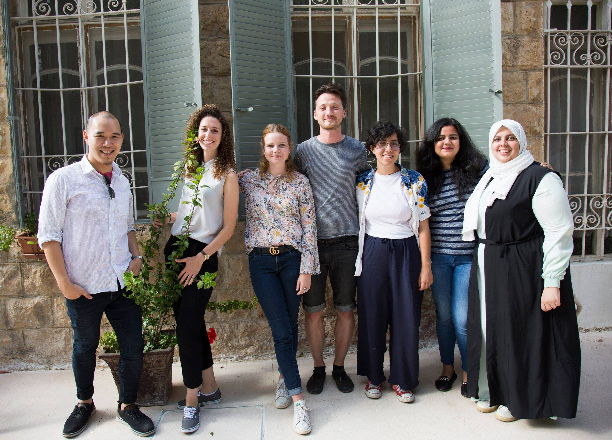 From left to right: Eric (front end developer from the U.S.), Nour (UX and graphic designer from Palestine/U.S.), Louise (representing Rasheed TI-JO), Zdenek (DATA4CHANGE alumni, team leader), Zina (representing Rasheed TI-JO), Devangana (data researcher from India) and Saja (graphic designer from Jordan).