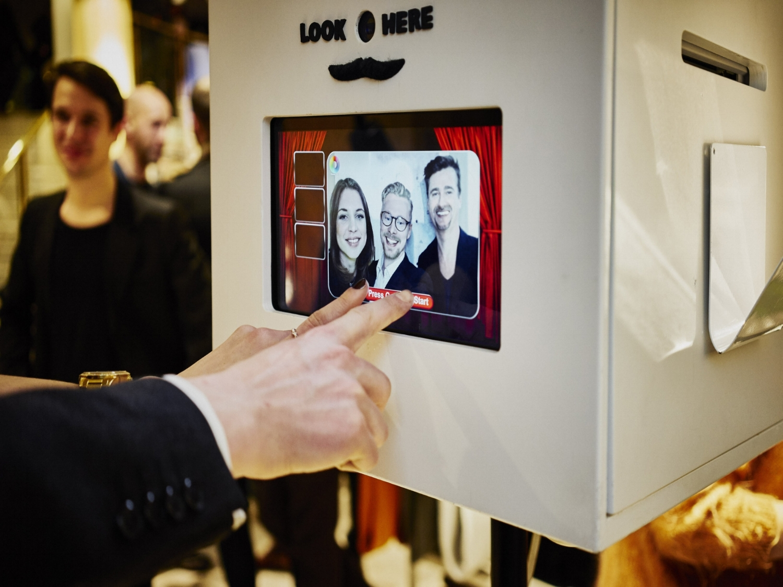 Fotoautomat i mindre format. Tar liten plats men uppskattas stort. -
