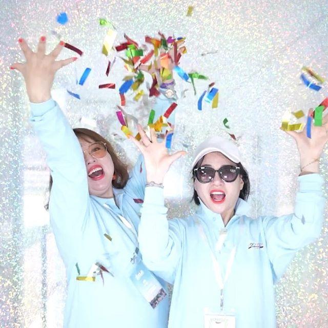 🎊Let's celebrate🎊 Oriflame visar hur man firar på konferensen! Forever Factory skapade en skräddarsydd upplevelse med supersmooth slow motion och färgsprakande konfetti 🐌❤️🎉.