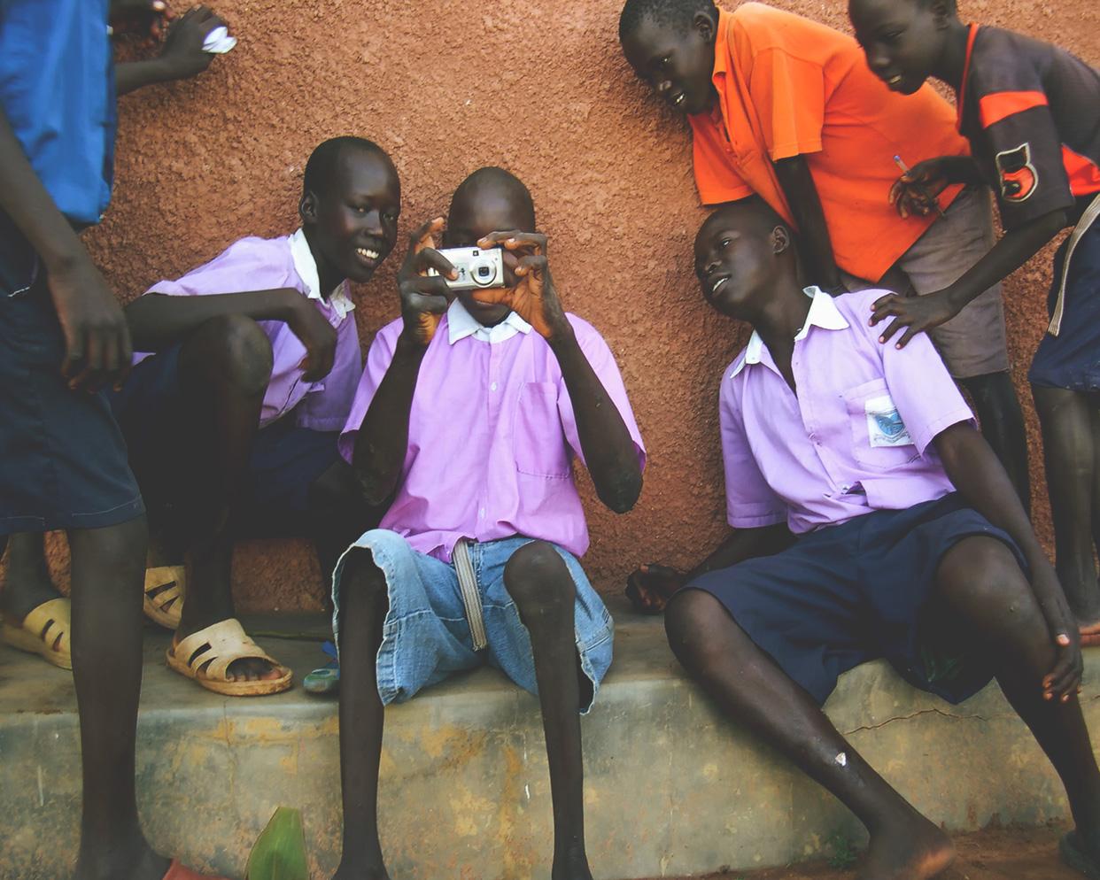 sudan-children-camera.jpg