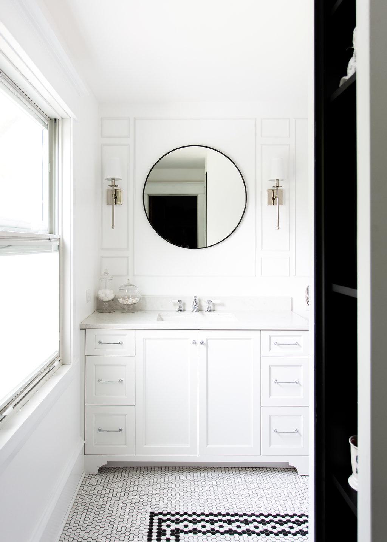 ember-cmr-bathroom-5017.jpg