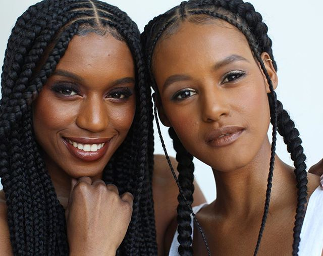 ❤️ for #protectivestyles that are pretty AND functional . . . Featuring 100% #TOYOKALON TZ3 braid hair by @supremehairus . . . #braidstyles #braidedhairstyles #BRAIDSGANG #blackgirlhairstyles #blackhairmag #blackgirlmagic