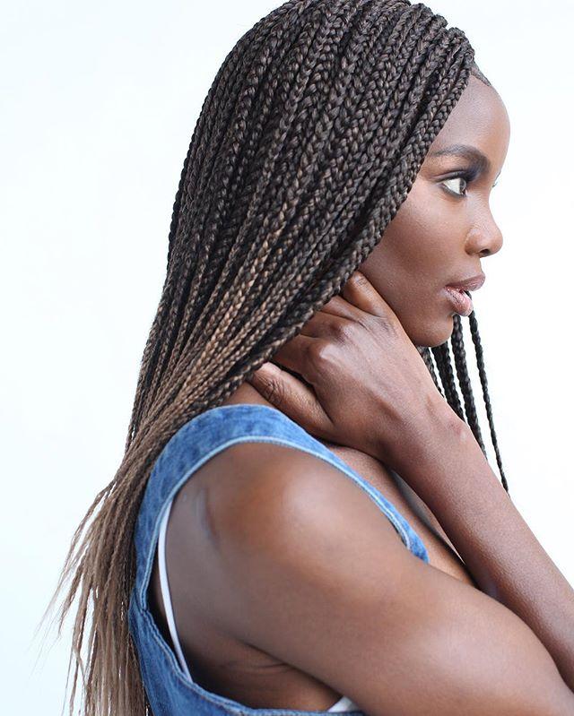 #BoxBraids never go out of style. . . . 100% #TOYOKALON TZ3 braid hair by @supremehairus . . #braidstyles #braidedhairstyles #BRAIDSGANG #blackgirlhairstyles #blackhairmag #blackgirlmagic