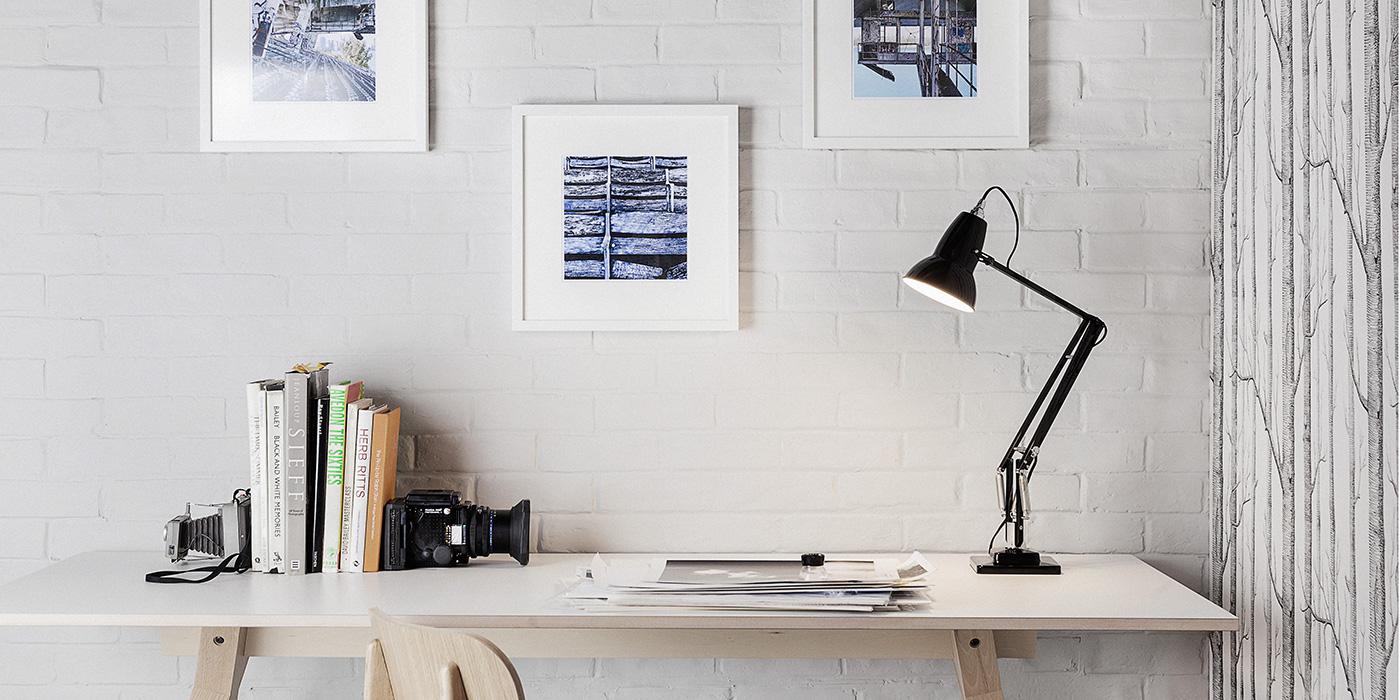Desk Light 1.jpg