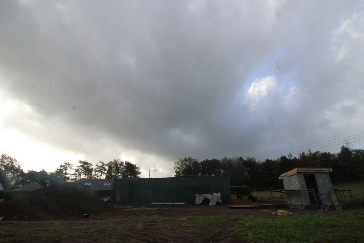 Pump+house+stormy+skies.jpg