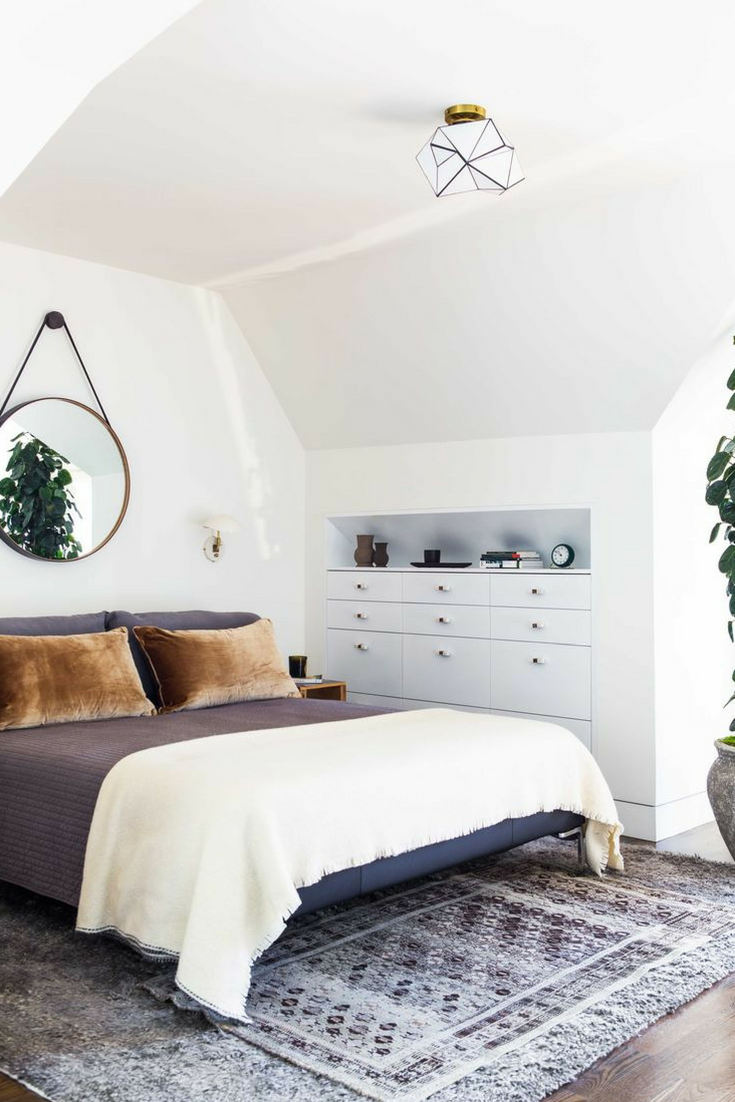 Double layering rugs in bedroom for extra softness for your feet – Layering rugs trend inspiration. Check our ideas at www.olliePopDesign.com and follow us on Pinterest @olliepop_design for more interior design and home decor ideas #homedecor #rugs #interiordesignideas