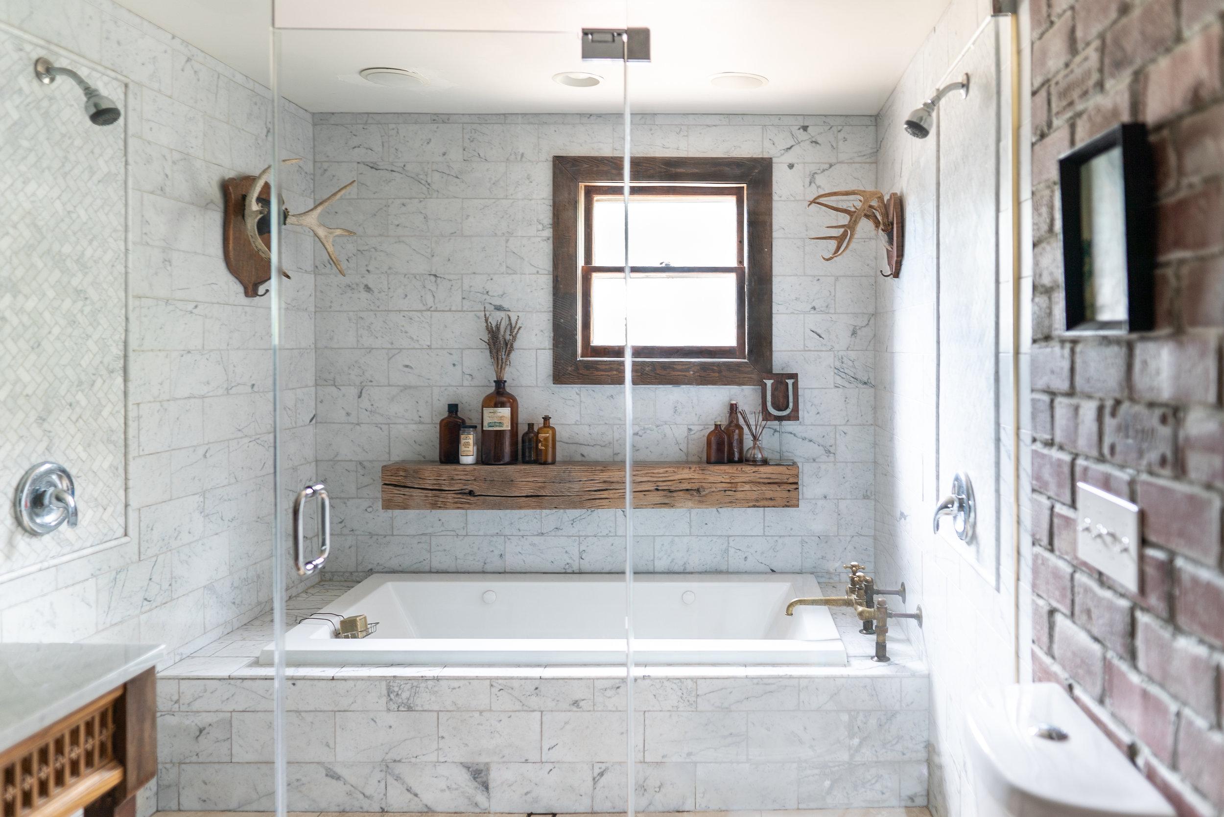 horizontal into tub straight on-09920.jpg