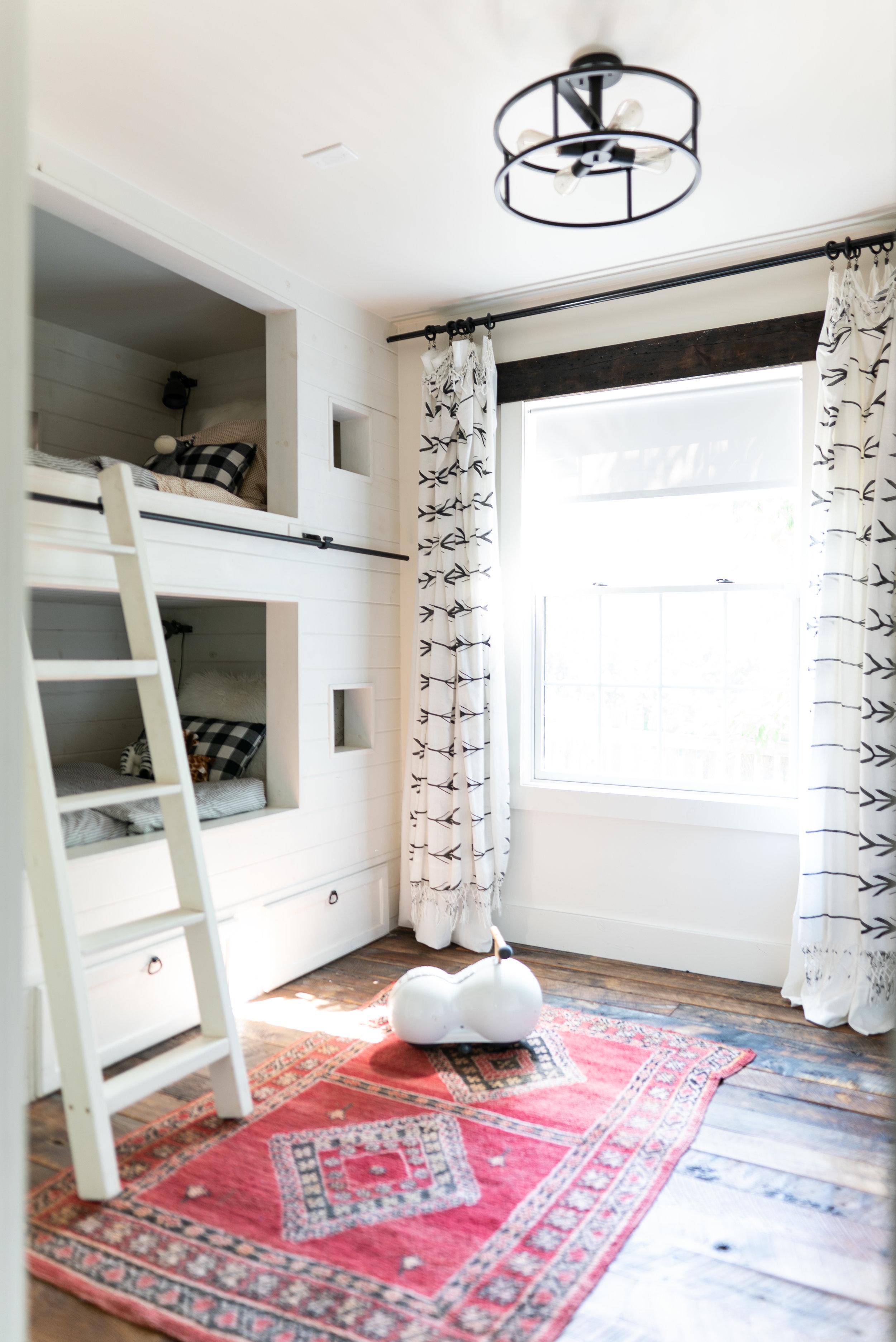 KF_Ollie room_from door-09344.jpg