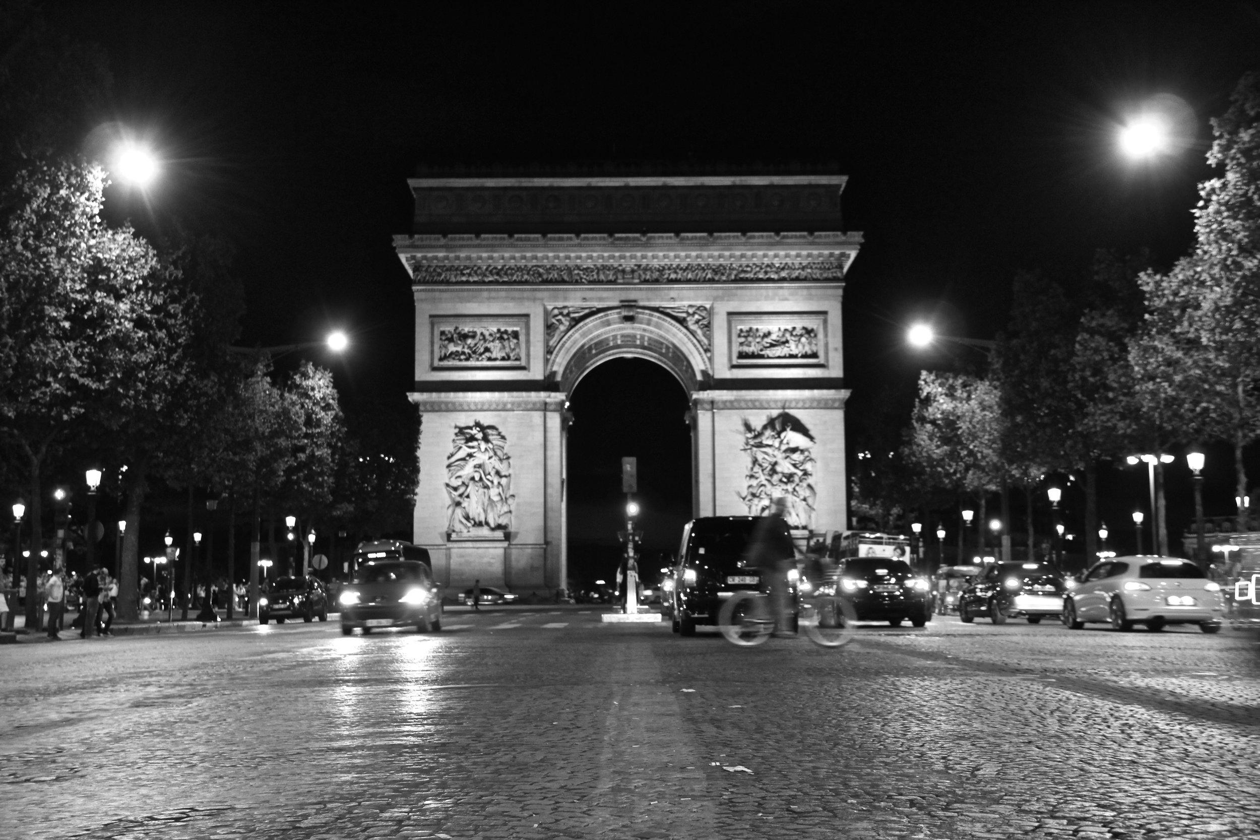 2016.09 Paris Edited 8488.jpg