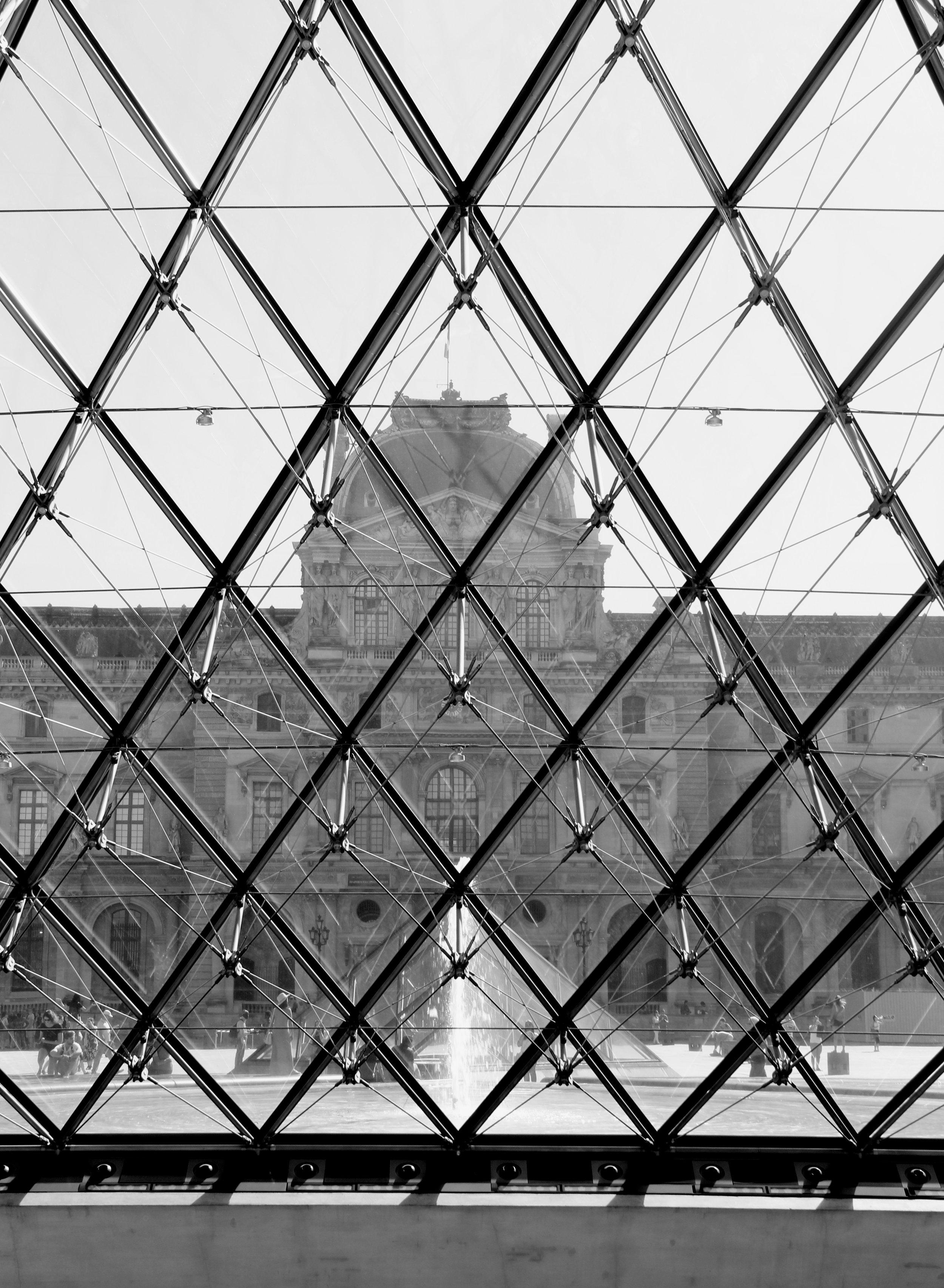 2016.09 Paris Edited 8190.jpg