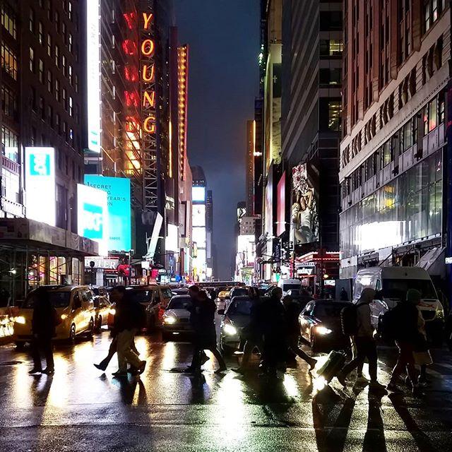 Sometimes Times Square isn't so bad. . . . #bbctravel #moodygrams #tlpicks #streetphotography #nyc #travel #streetphotographynyc #newyork #traveling #streetphotographyinternational #newyorkcity #travelgram #ig #nyceats #travelbug #manhattan #traveller #streetphotographybnw #what #travels #nycskyline #travelpic #streetphotographymagazine #nychair #travelmore #nycstylist #travelblog  #couponcommunity