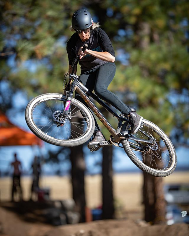 such a blast riding & coaching this weekend @the_little_big_bike_festival ! Competed in the @womensslopestyletour @fmbworldtour just to have a little fun! 📷 @bluecocos