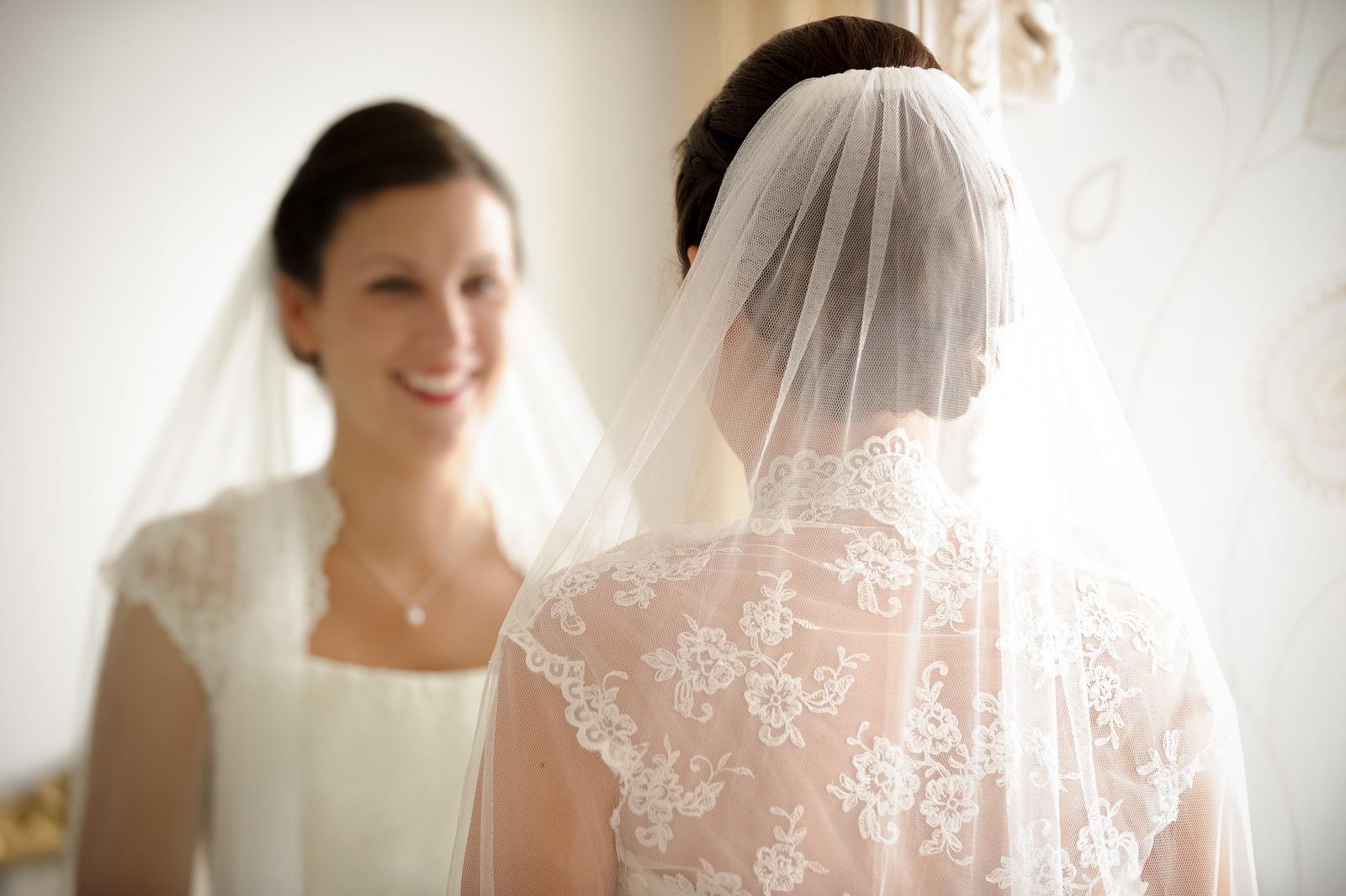 watergate-bay-hotel-wedding-photography-18.jpg