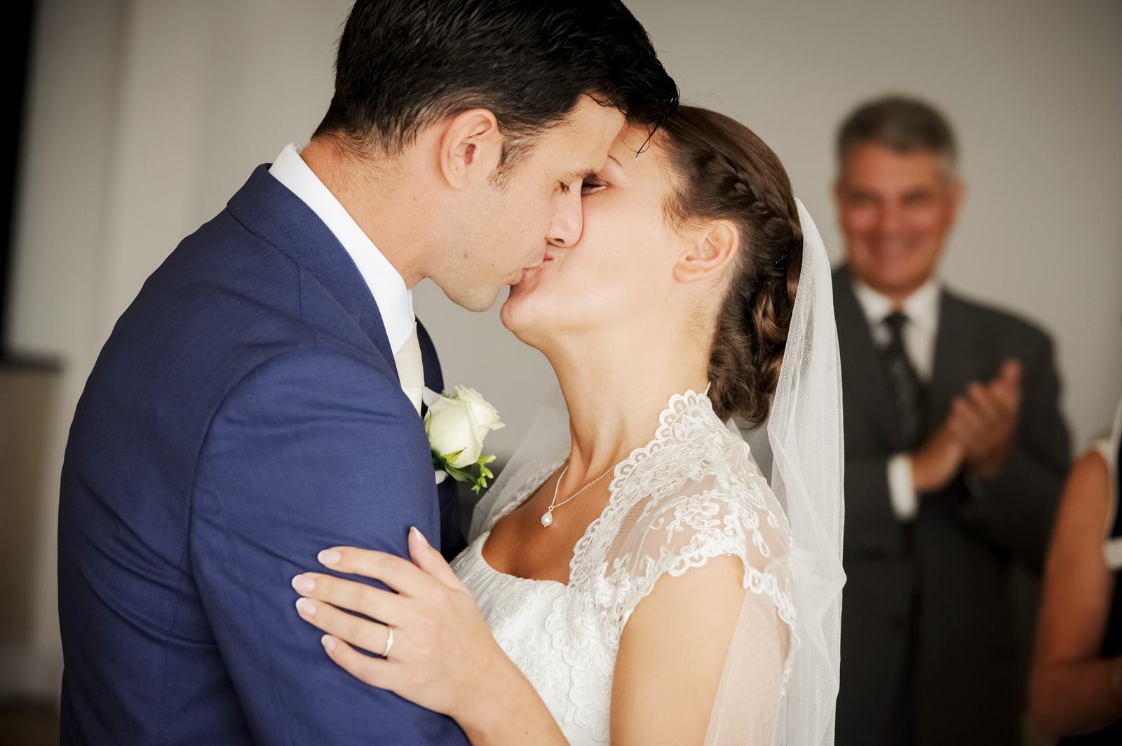 watergate-bay-hotel-wedding-photography-103.jpg