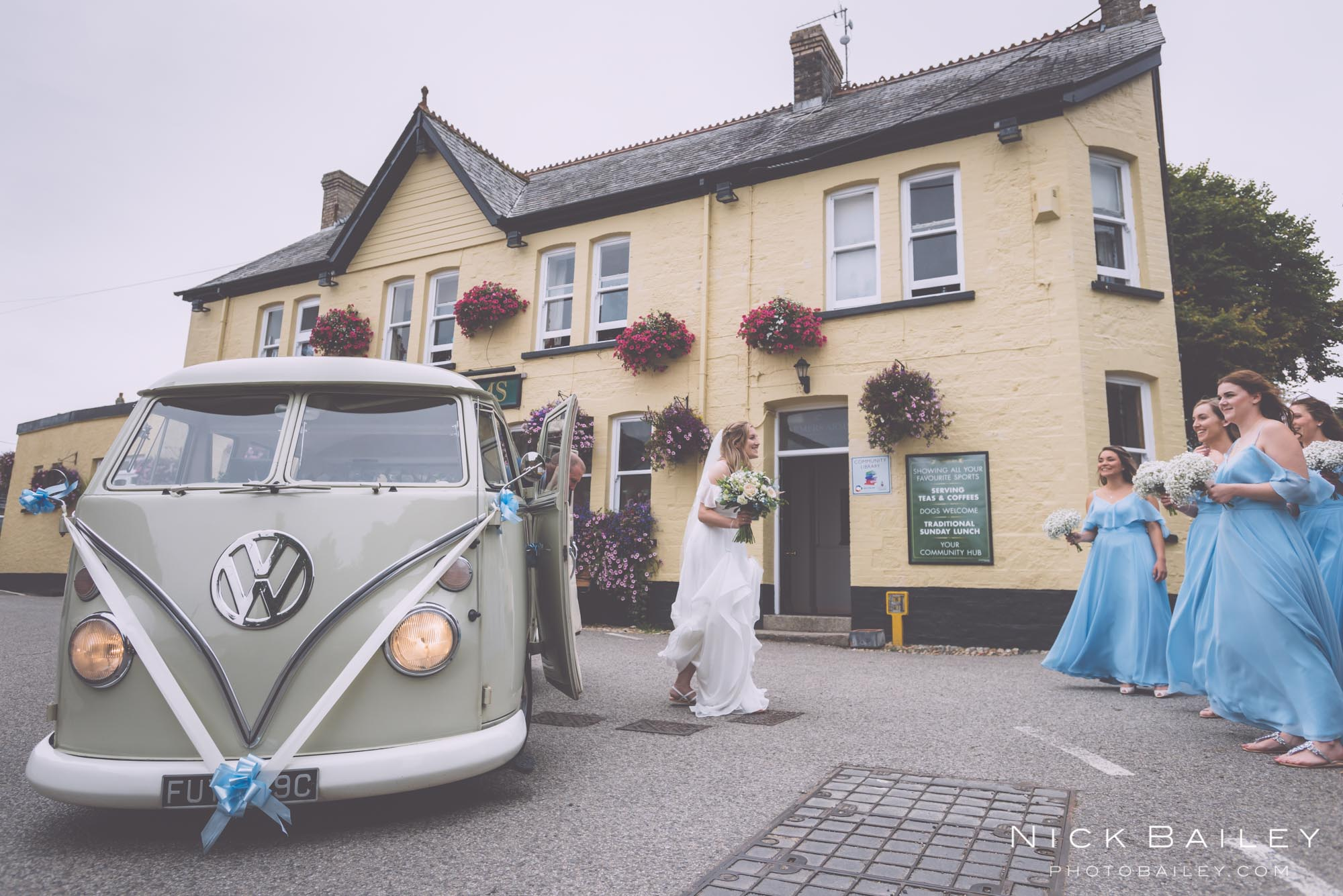 bre-pen-farm-weddings-11.jpg