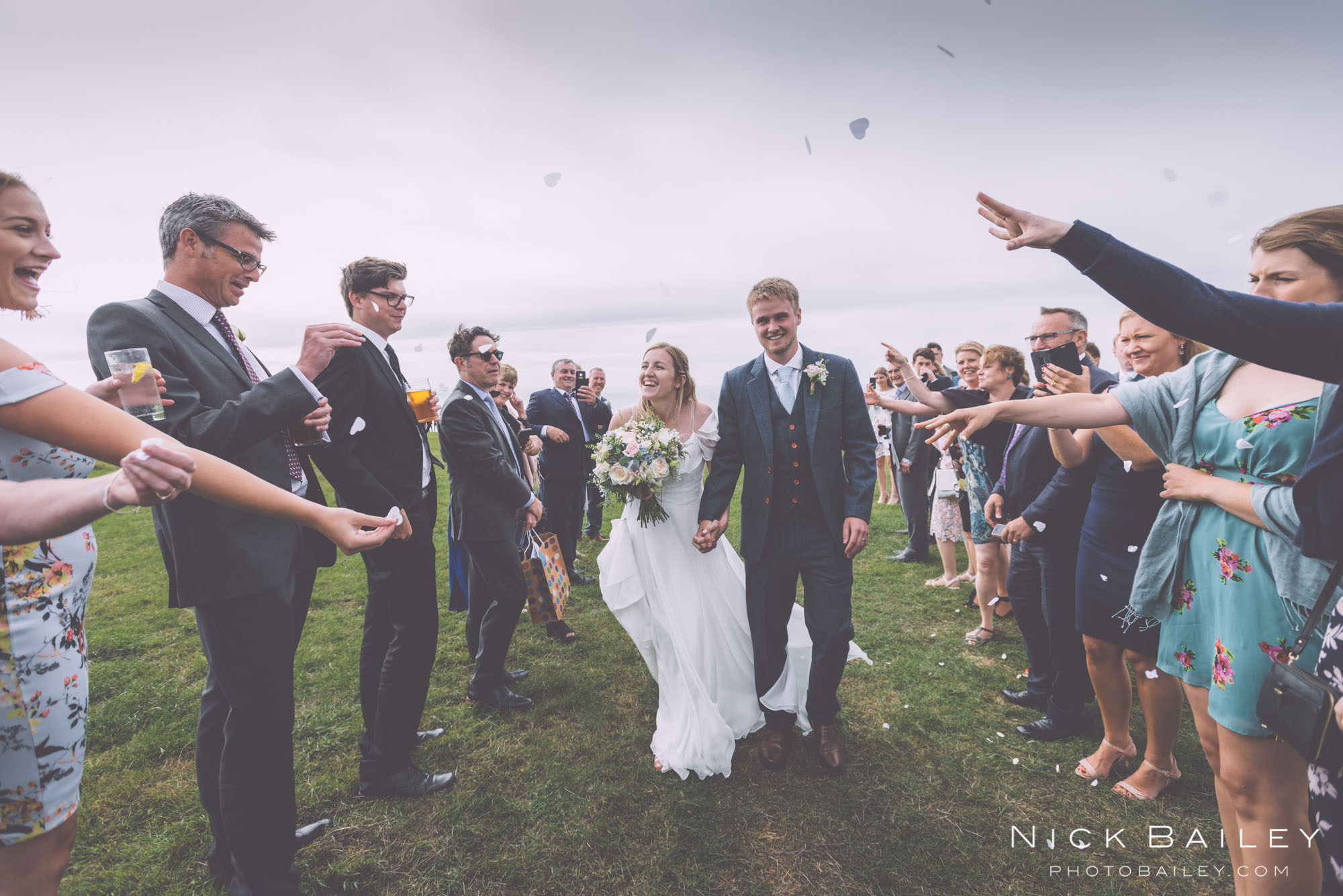 bre-pen-farm-weddings-39.jpg