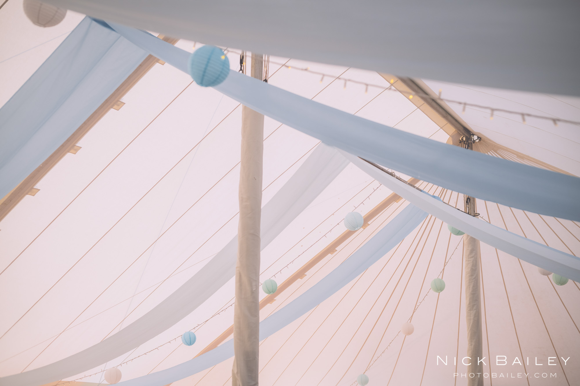 bre-pen-farm-weddings-51.jpg