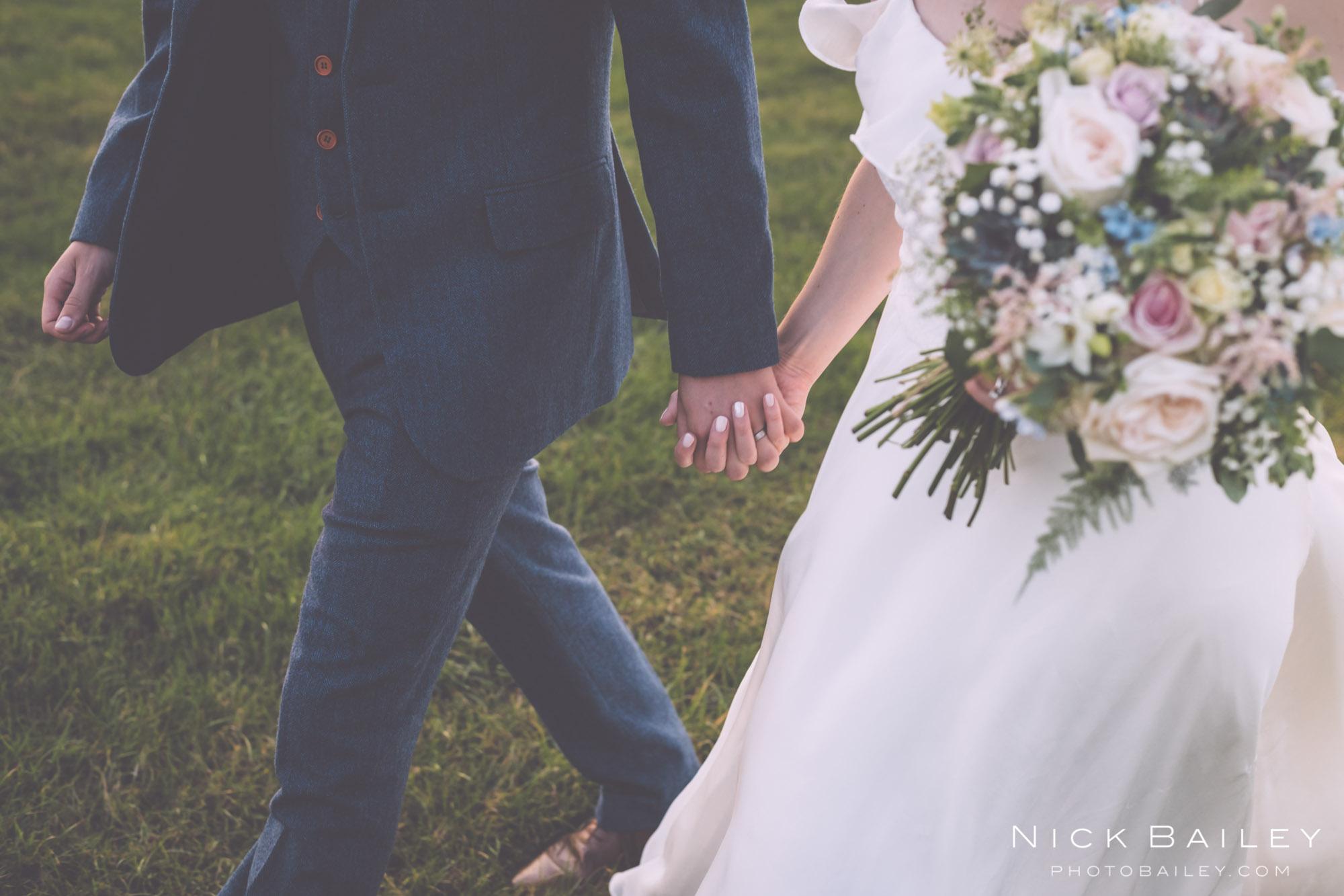 bre-pen-farm-weddings-63.jpg