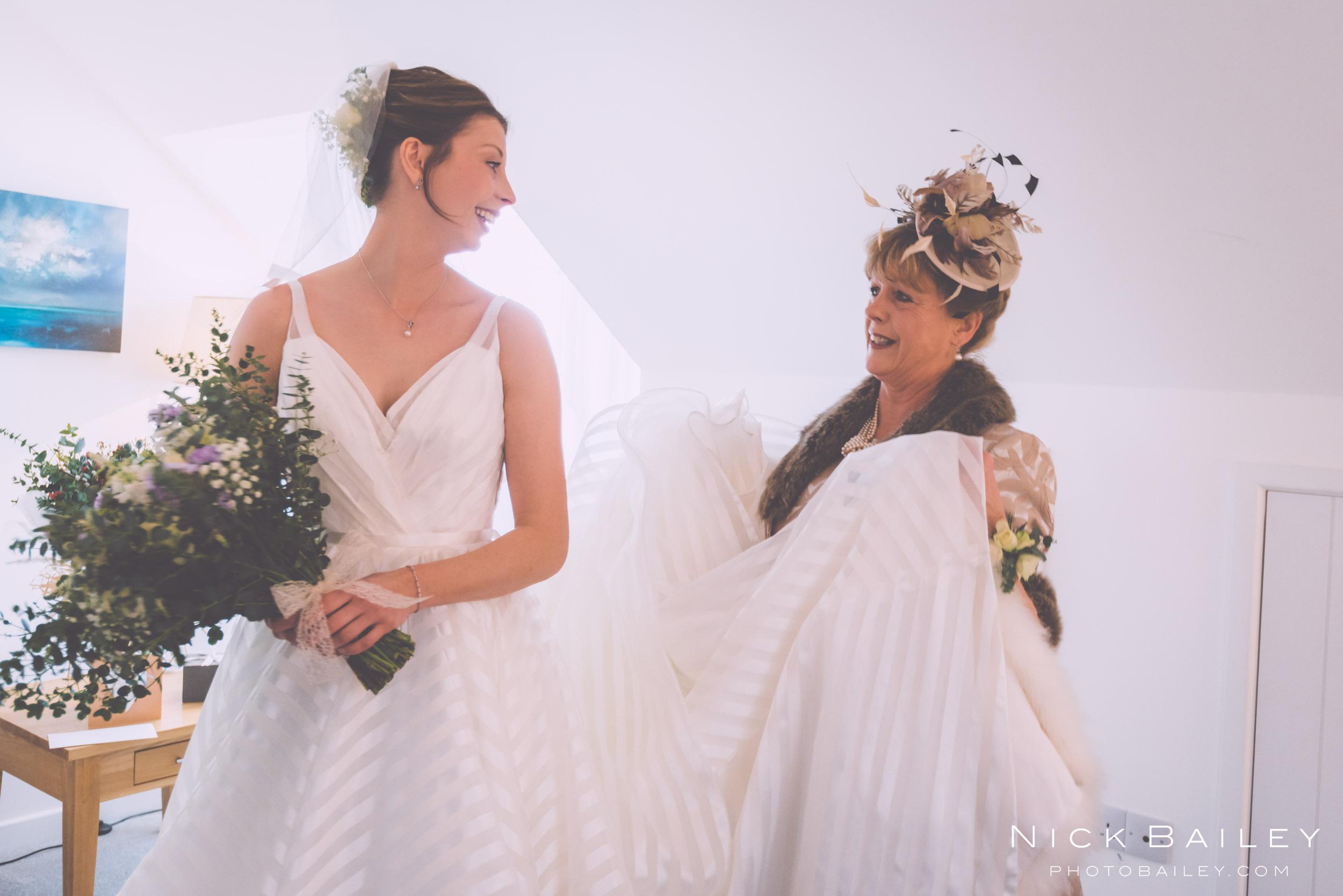 trevibban-mill-wedding-17.jpg
