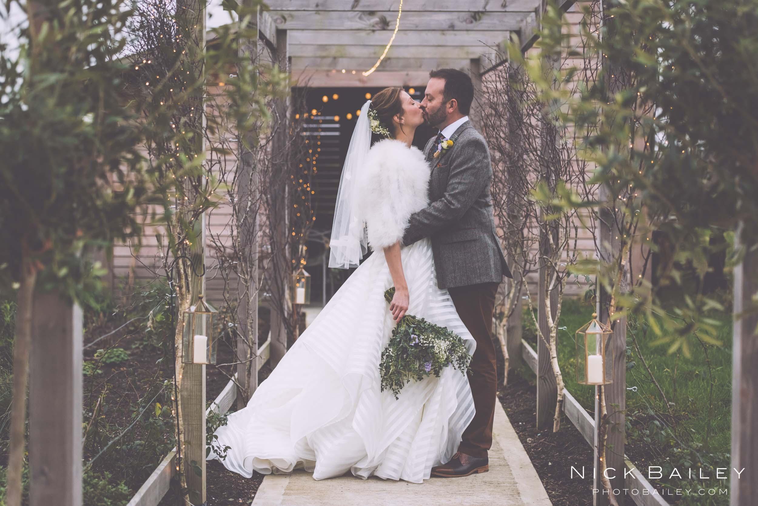 trevibban-mill-wedding-71.jpg