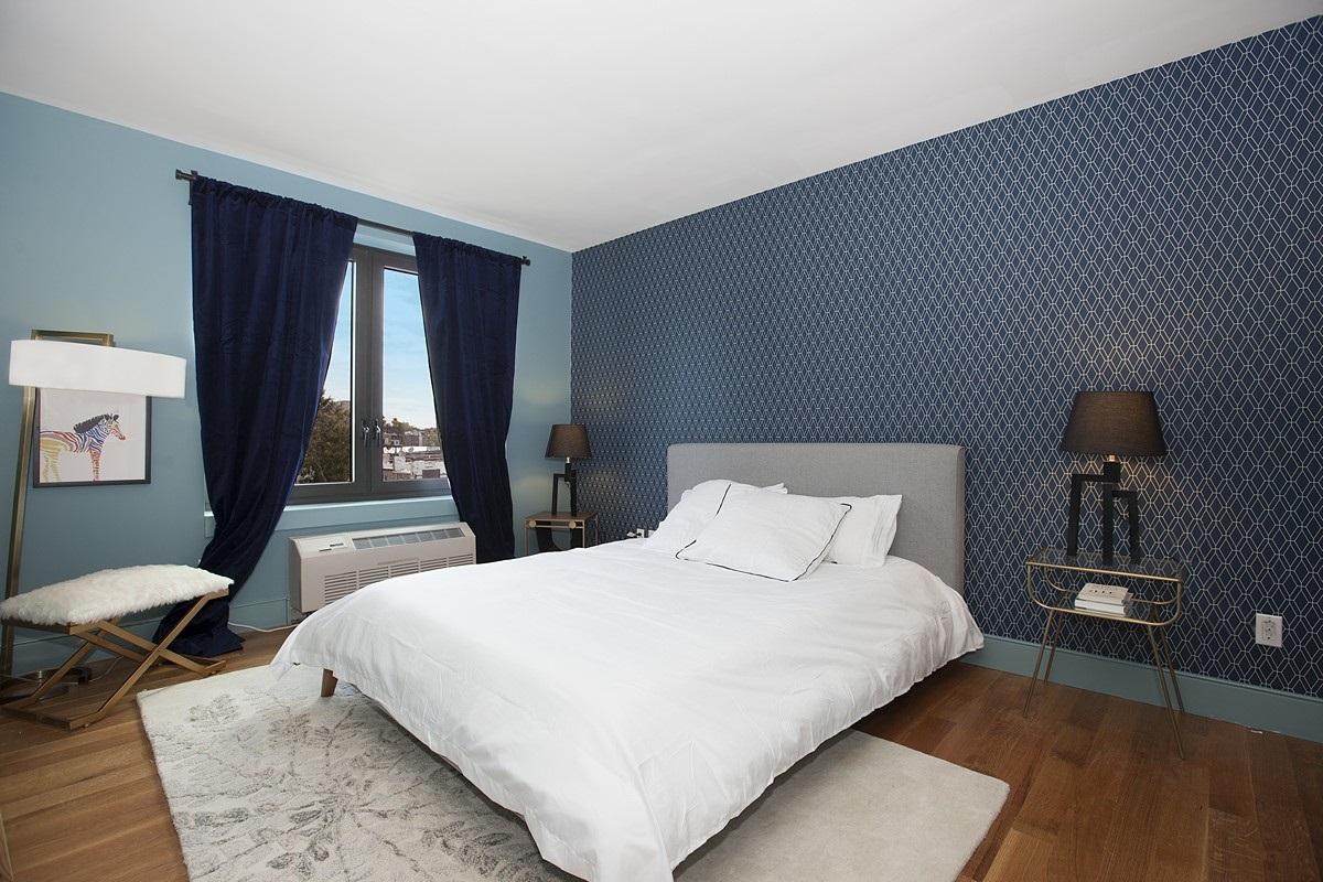 60th_Street_968_Model01_Bedroom_.jpg