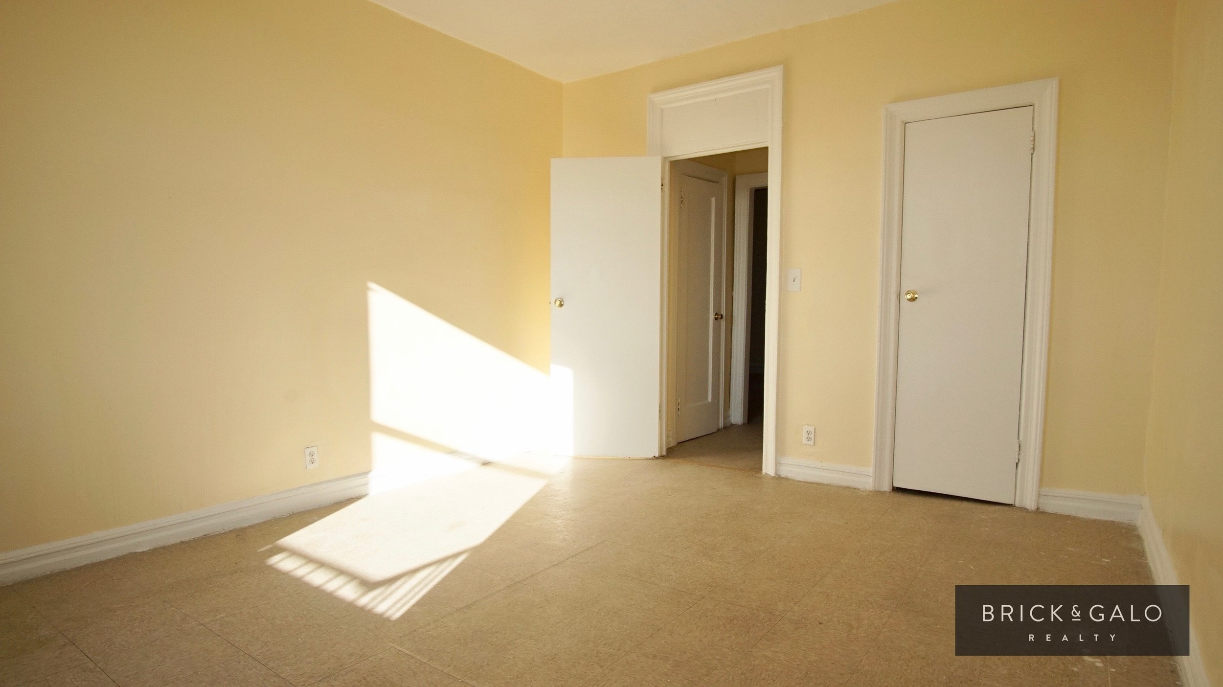 769 Bryant Ave  2 bed - 1 bath Rent  $ 1,600 -