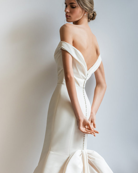 allison-webb-bridal-fall-2019-style-4960-whitley_1.jpg