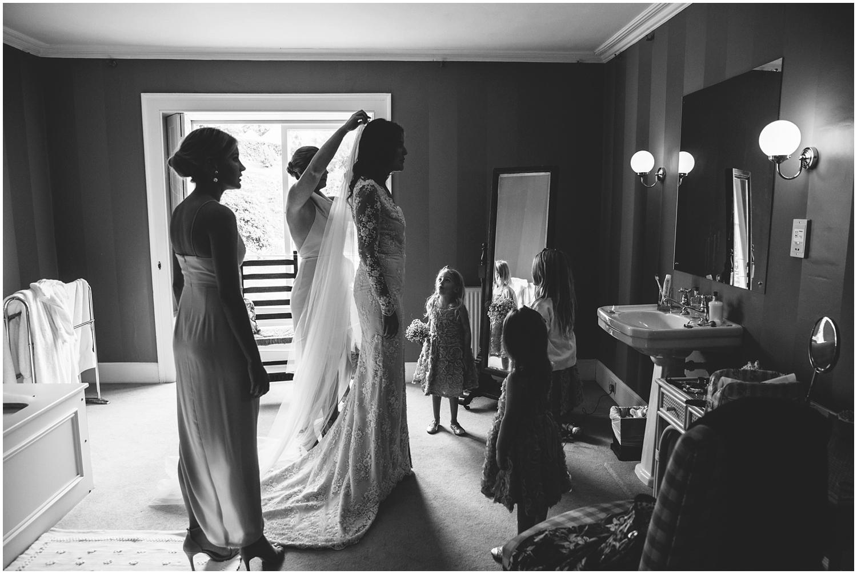 bocconoc house cornwall wedding photography_0007.jpg