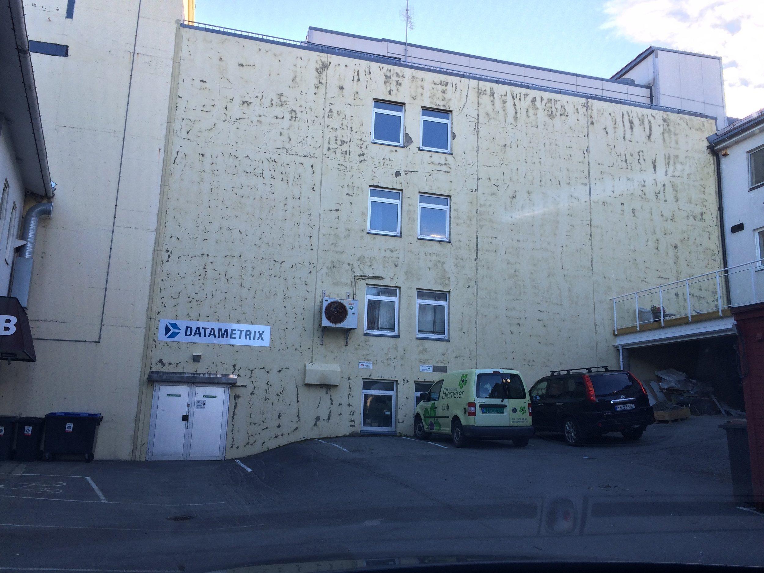 """""""Kan du bruke denne veggen?"""" - """"JAH! Selvsagt."""""""