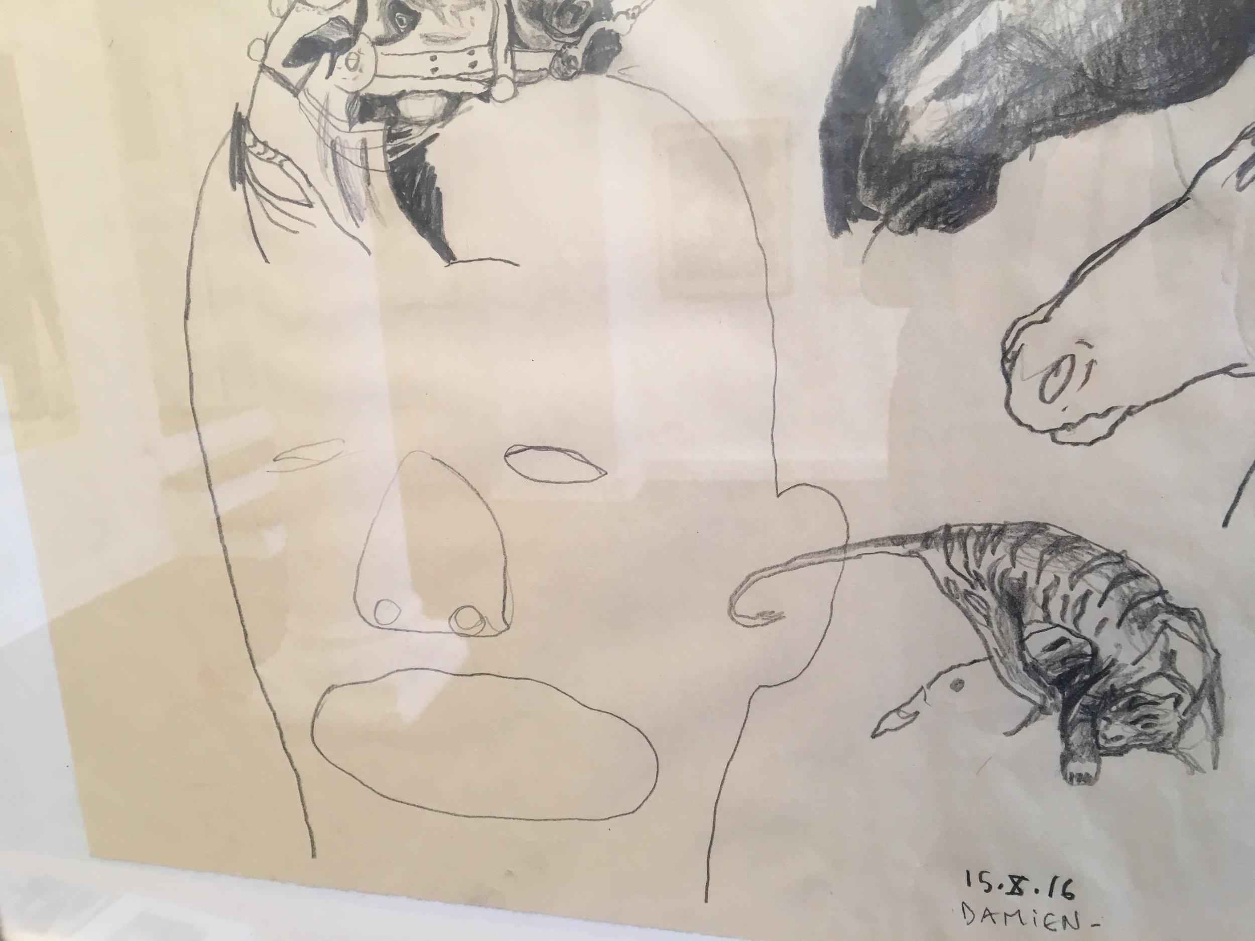 Damien Deroubaix viste tegninger og noe som lignet på tresnitt i et galleri som var ubemannet. Eller det satt noen på bakrommet, men de var ikke interessert i å vise fram kunsten sin. Så..