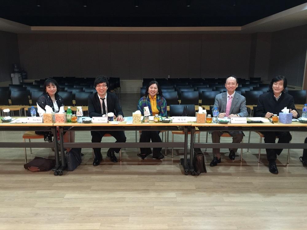 Jury members from left to right - Kiai Nara (Japan), Jie Yuan (China), Sook Ryeon Park (Korea), Benjamin Loh (Singapore) and Choi Sown Le (Hong Kong)