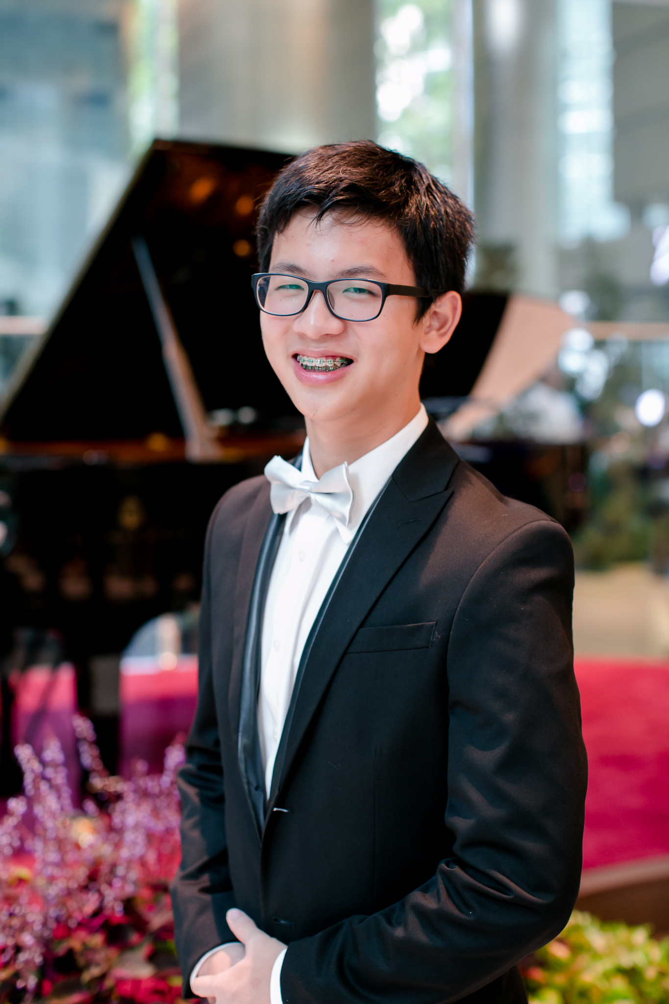 16 y.o. Abel Ling (Beethoven: Sonata in E-flat, Op.7, 3rd movt. & Ravel: Sonatine, 3rd movt.)
