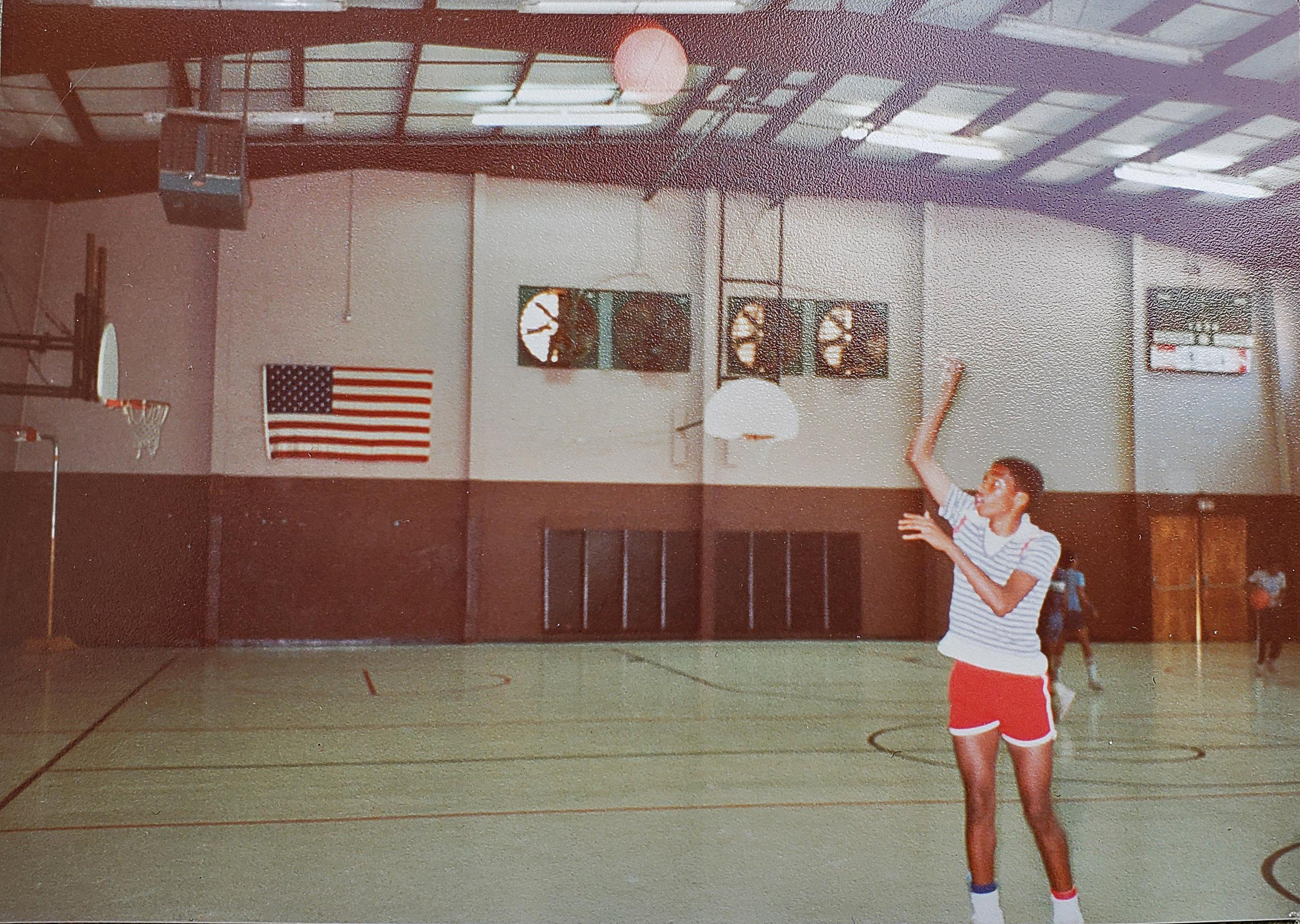 Lee Basketball Jumpshot.jpg