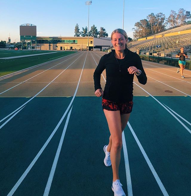 Yesterday's mile time trial was FUN, but when it was over I was this 👌🏼close to puking on the side of the track. I have never run that hard for that long (mile PR of 5:56 hayyyyy 💁🏼♀️). Which got me thinking... the reality of running and exercise in general is rarely portrayed on IG. Most pictures make exercise look easy breezy, which can be very misleading. . The reality is exercise is not cute. It's gritty. It's red faces, crotch sweat, boob sweat, chafing, blisters, calluses, heavy breathing, sometimes peeing a little, and sometimes puking from pushing so hard. . That's not the picture that is painted on social media but it's my experience and it might be yours too. . So if you are frustrated and you feel like maybe working out isn't for you because it's hard, I want you to know it SHOULD be hard. You should be getting uncomfortable. That's how we get better ✅ faster ✅ stronger ✅ . Embrace the grit cause that's where you grow. . #runearete #igrunner #womensrunningcommunity #miletimetrial #womenrunners #inspiringwomenrunners #runselfierepeat #dawnpatrol #runnersofinstagram #PRd #speedwork #fleetfeetsac #fleetfeetracing #urbancowhalf #californiainternationalmarathon