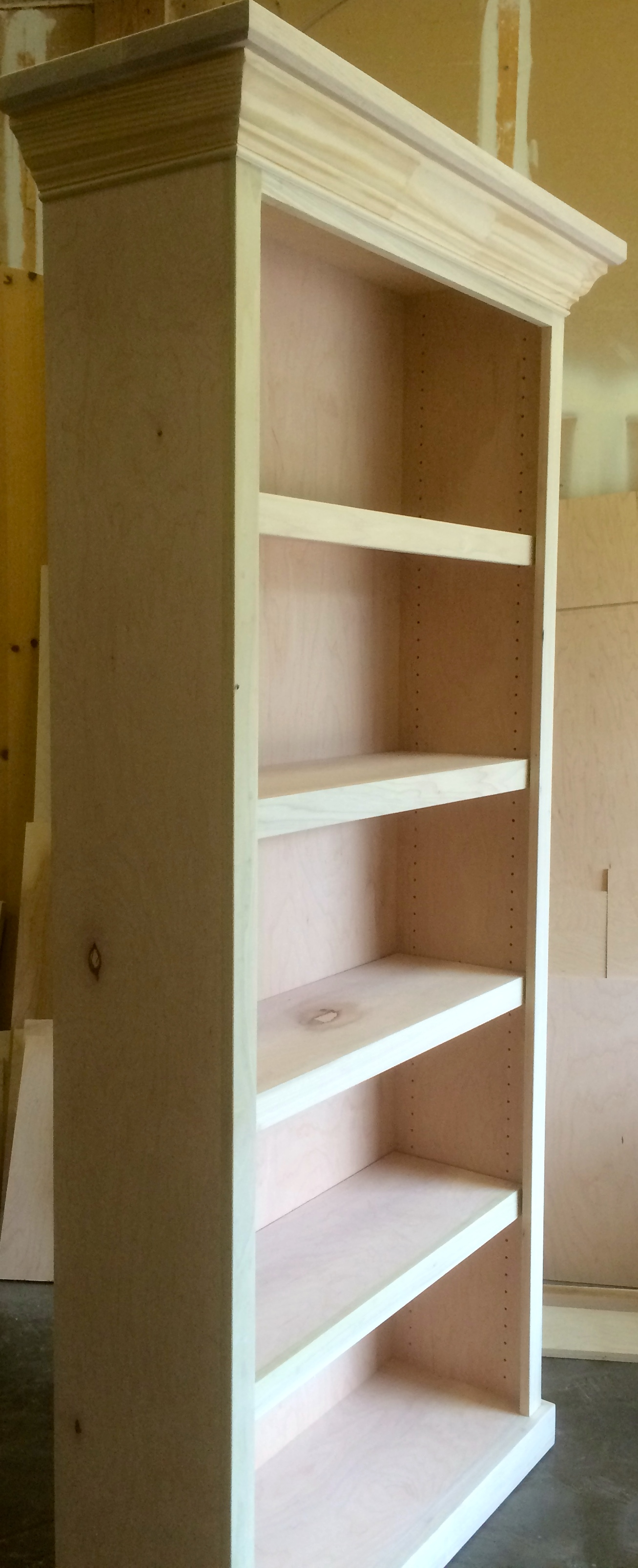 Traditional Free Standing Bookcase with Adjustable Shelves and Crown Molding
